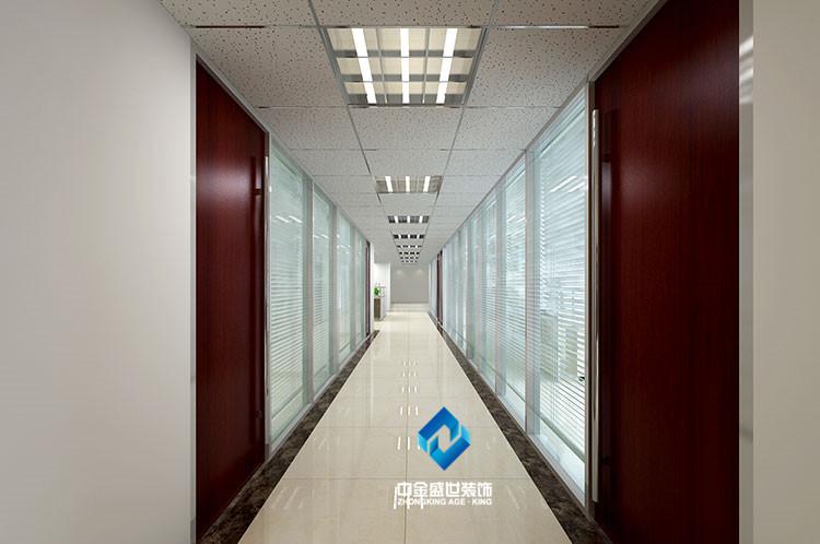 (中国中投证券安徽分公司办公室走廊装修效果图)